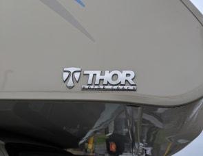 Thor Motor Coach Four Winds Super C 35SF