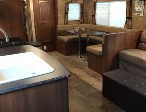 Coachman Freedom Express 29SE Bunkhouse