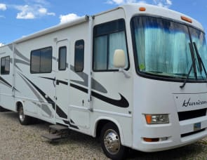 Four Winds RV Hurricane 30Q