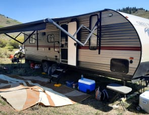 Forest River RV Cherokee Grey Wolf 22RR