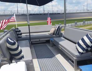 airstream Land Yacht NASCAR SKYDECK