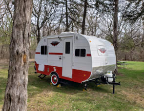 Riverside RV Retro 157