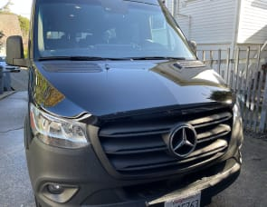 Unknown Mercedes Benz Sprinter 2500