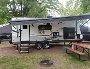 Forest River RV Rockwood Roo 235S