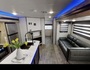 Forest River RV Cherokee Alpha Wolf 33BH-L