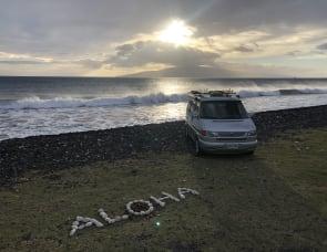 """Volkswagen Westfalia on Maui - """"Braddah IZ"""""""