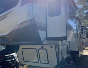 Keystone RV Montana 3761FL