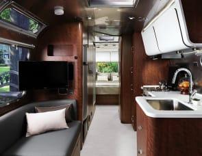 Airstream RV Globetrotter 25FB