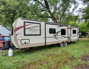 Forest River RV Rockwood Signature Ultra Lite 8326BHS
