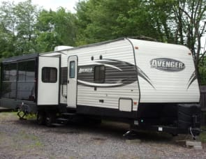 Prime Time RV Avenger 32RED