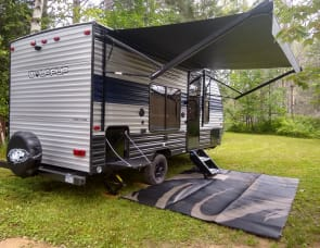 Forest River RV Cherokee Wolf Pup 16FQ