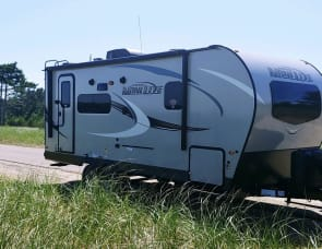 Forest River RV Rockwood Mini Lite 2205S