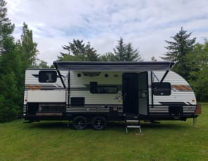 Forest River RV Wildwood X-Lite 241BHXL
