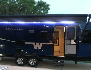 Winnebago Industries Towables Minnie 2201 DS