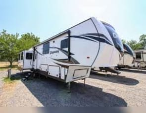 Prime Time RV Crusader 382MBH
