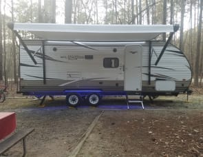 Forest River RV Wildwood X-Lite 230BHXL