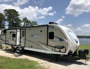 Coachmen RV Freedom Express Liberty Edition 320BHDSLE