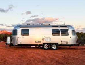 Airstream RV Safari 25' Front Bed 75th Anniversary Edition