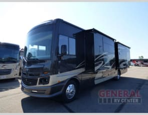 Fleetwood RV Bounder 35P