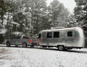 Airstream RV Bambi 20FB