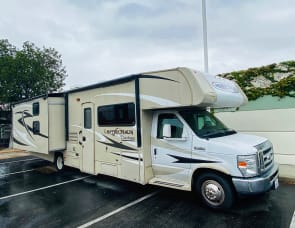 Coachmen RV Leprechaun 320BH Ford 450