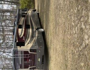Fleetwood RV Bounder 36H