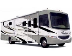 Coachman Mirada 30 Foot