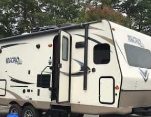 Forest River RV Flagstaff Micro Lite 25FKS