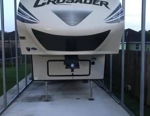 Prime Time RV Crusader 294RLT