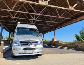 Airstream Interstate