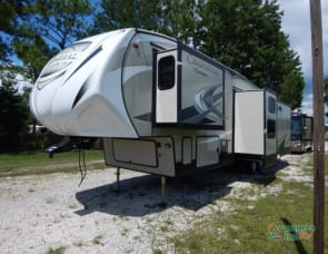 Coachmen RV Chaparral 360IBL