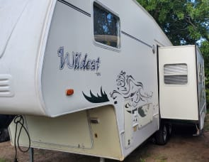 Forest River RV Wildcat 27RL