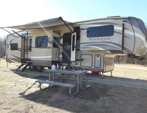 Jayco Pinnacle