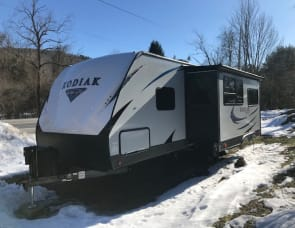 Dutchmen RV Kodiak Ultra Lite 285BHSL