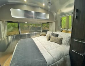 Airstream RV International Signature 25FB