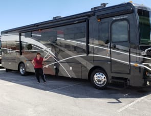 Fleetwood RV Expedition 38B