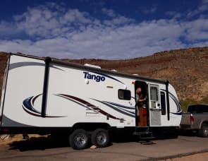 Pacific Coachworks Tango