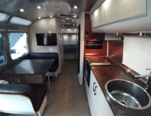 Airstream RV International Serenity 28