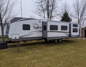 Highland Ridge RV Open Range Light LT308BHS