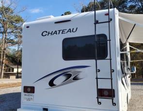 Thor Motor Coach Chateau 22E