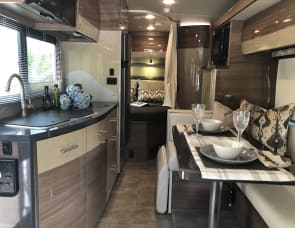 Winnebago View - Sleeps up to 4, Full Orientation, Nicely Appointed.  Get a Quote from Us! Great Reviews