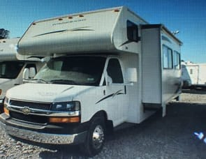 Winnebago Access 31C