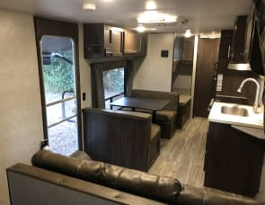 Forest River RV Cherokee Grey Wolf 26BHSE