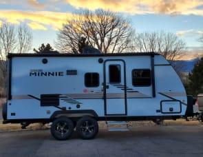 Winnebago Minnie Winnie 2108TB