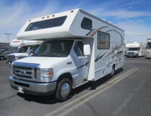 Four Winds RV Chateau 28A
