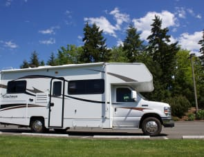 Coachmen RV Freelander 23CB Ford 350