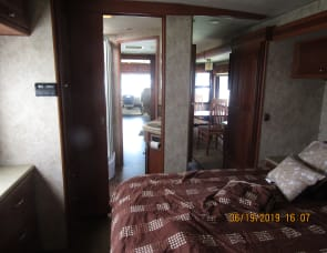 Winnebago  Sightseer