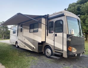 Fleetwood RV Excursion 39s