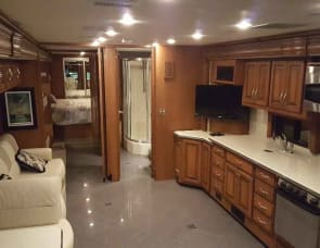 Fleetwood RV Discovery 40G