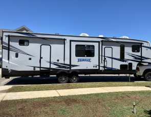 Forest River RV Vengeance Rogue 324A13